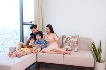 """Hậu đại dịch: Giãn cách xã hội gỡ bỏ có khiến kết nối gia đình Việt """"lung lay""""?"""