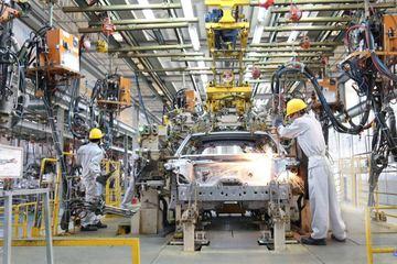 Miễn thuế nhập khẩu nhiều linh kiện lắp ráp ô tô, xe nội thêm ưu đãi lớn