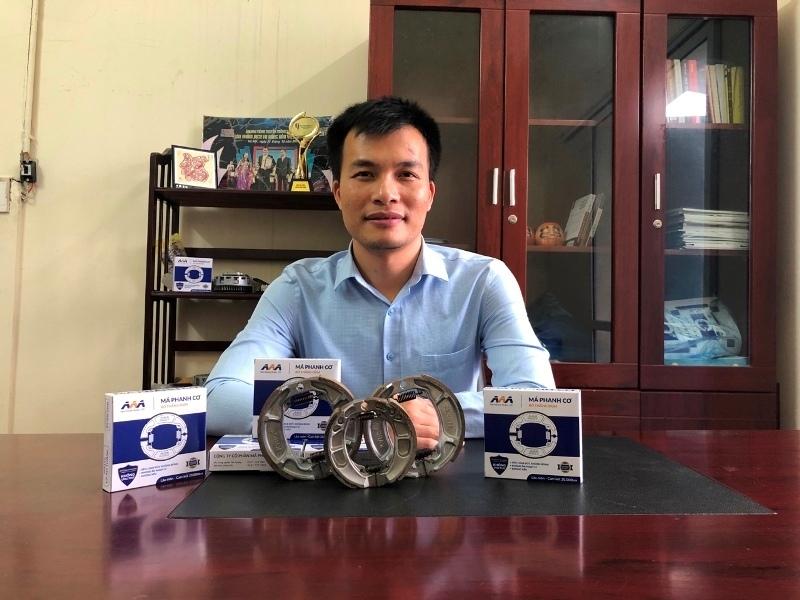 Lần đầu tiên tại Việt Nam má phanh xe máy làm từ bã cà phê