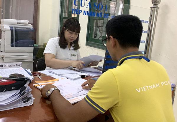 Gần 8 triệu hồ sơ hành chính được tiếp nhận và trả qua Bưu điện
