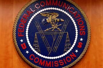 FCC cung cấp 16 tỷ USD để giải quyết các khu vực thiếu dịch vụ băng rộng ở Mỹ