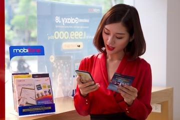 Tham gia tuần lễ không dùng tiền mặt nhận liền iPhone từ MobiFone