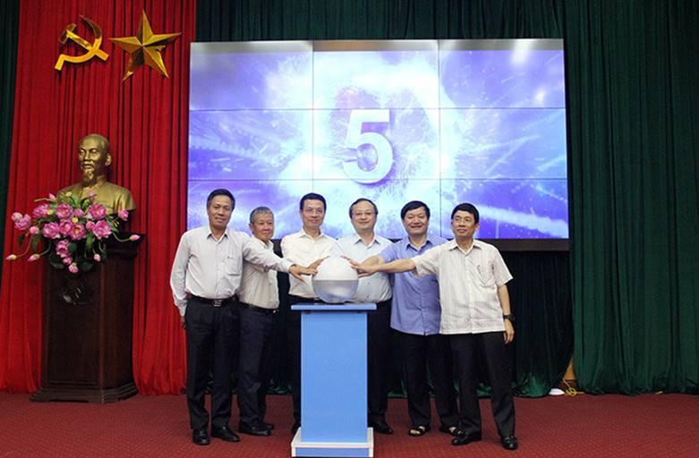 Khai trương hệ thống thông tin phục vụ chỉ đạo điều hành trực tuyến tại Hưng Yên