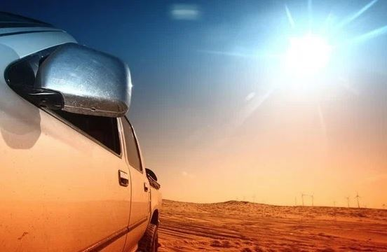 """Nắng nóng """"phá"""" xe như thế nào?"""