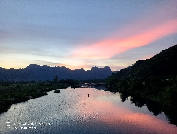 Cùng Realme 6i ghi lại khoảnh khắc đẹp huyền ảo của hang Nước Nứt, Quảng Bình