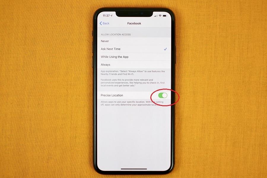 Hướng dẫn chia sẻ vị trí tương đối trên iOS 14