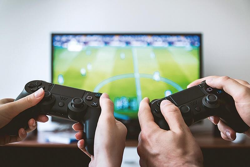Người Mỹ ở nhà chơi game nhiều hơn thời Covid-19