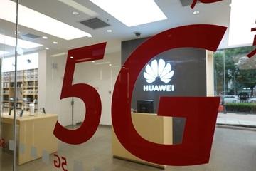 Anh khuyến cáo người dân cân nhắc khi dùng điện thoại Huawei