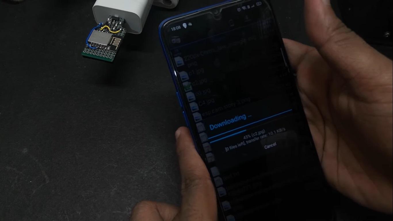 Tự làm đầu đọc thẻ nhớ không dây cho smartphone