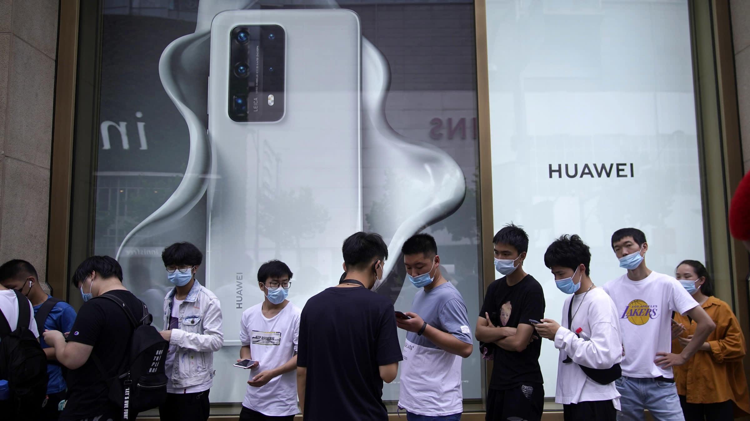 Huawei khó ngồi lâu trên 'đầu' Samsung