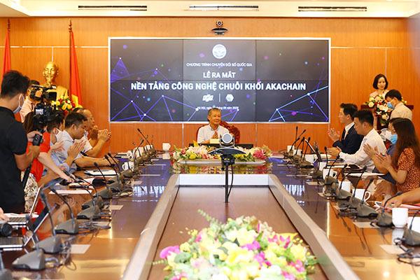 """Thêm một nền tảng """"Make in Vietnam"""" giúp doanh nghiệp đẩy nhanh chuyển đổi số"""