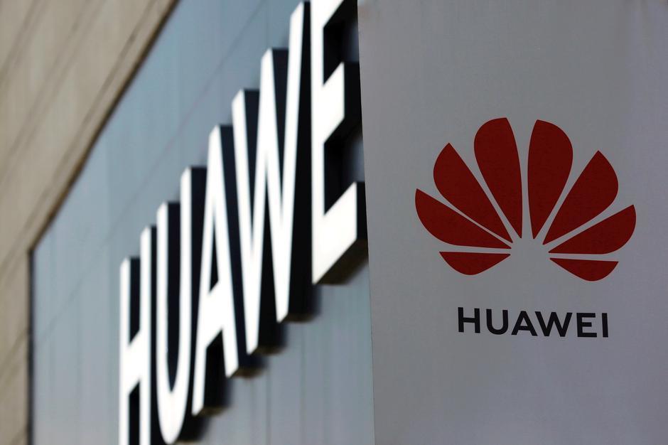 Mỹ chặn nốt khe cửa hẹp của Huawei