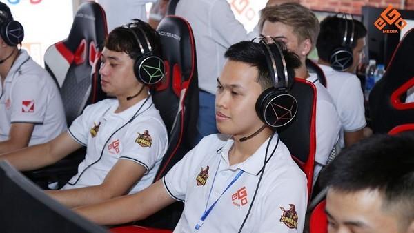 Những tuyển thủ eSports Việt thu nhập cao nhất nửa đầu năm 2020