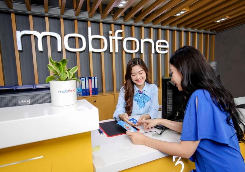 """""""Chia sẻ ngay - Iphone liền tay""""  với chương trình lắng nghe khách hàng của MobiFone"""