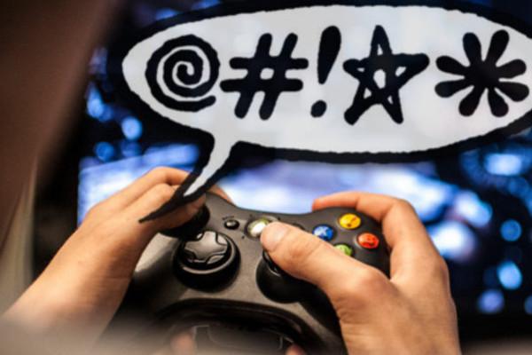 """Lạm dụng ngôn từ kích động là """"bản sắc"""" của game thủ Việt?"""