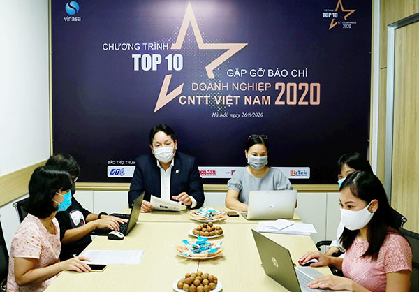 """""""Top 10 doanh nghiệp ICT Việt Nam 2020"""" thúc đẩy chuyển đổi số quốc gia"""