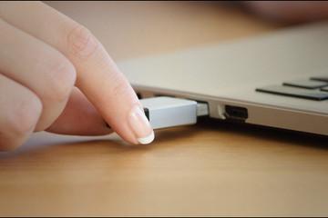 """Hướng dẫn rút USB nhanh không cần """"Safely Remove"""""""