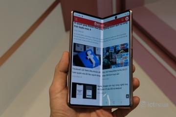 Gần 1.000 đơn đặt trước Galaxy Z Fold2 tại Việt Nam