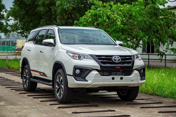 Toyota Việt Nam triệu hồi Fortuner vì lỗi hệ thống phanh