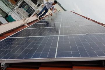 Nhiều ưu đãi khuyến khích người dân lắp đặt điện mặt trời mái nhà