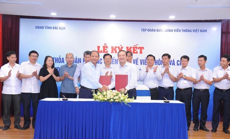 UBND tỉnh Bắc Kạn và Tập đoàn VNPT ký kết thỏa thuận hợp tác chiến lược giai đoạn 2020 - 2025