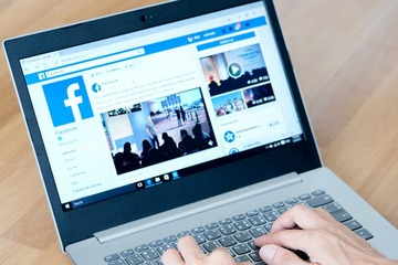 Australia 'thách' Facebook cấm chia sẻ tin tức