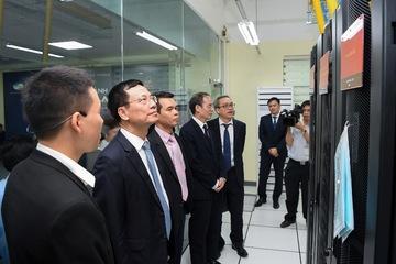 Viettel Lab, giấc mơ 100 năm, chờ đợi 30 năm và lời cam kết 1 năm