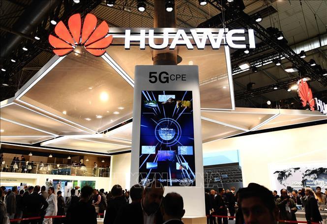 Huawei sẵn sàng phơi bày 'ruột gan' để chứng minh vô hại