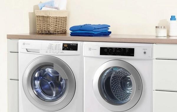 Chọn tủ sấy hay máy sấy quần áo?