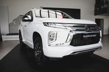 Mitsubishi Pajero Sport 2020 loại bỏ động cơ xăng và số sàn