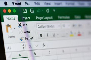 Lỗi Excel khiến Anh bỏ sót 16.000 ca nhiễm Covid-19