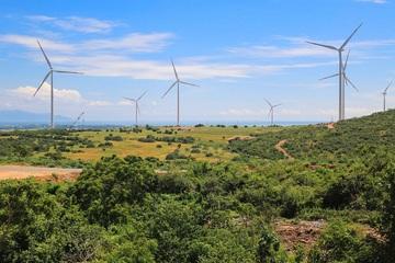 Công suất điện gió và điện mặt trời tăng khoảng 30.000MW vào năm 2030