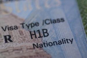 Mỹ điều chỉnh thị thực H-1B, nhiều hãng công nghệ bị ảnh hưởng