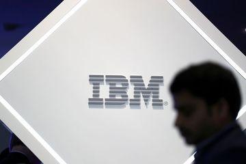 IBM chia đôi, tập trung vào điện toán đám mây