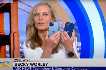 Video 'trên tay' iPhone 12 đầu tiên trên thế giới