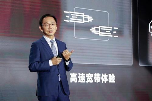 """Quan chức Huawei chỉ trích 5G Trung Quốc """"giả tạo, ngu ngốc, nghèo nàn"""""""