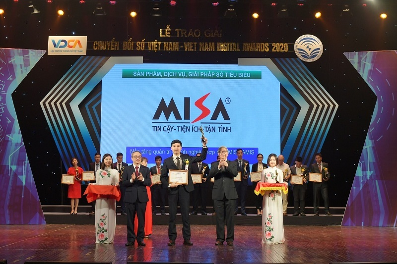 Giúp doanh nghiệp quản trị toàn diện trên một nền tảng, Misa Amis giành giải thưởng Chuyển đổi số 2020