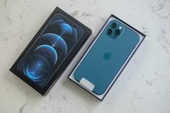 Giá iPhone 12 giảm mạnh so với ngày đầu về Việt Nam