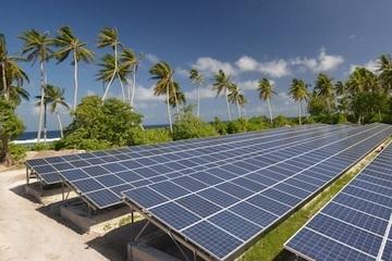 Ninh Thuận làm hội thảo về mục tiêu trở thành trung tâm năng lượng tái tạo