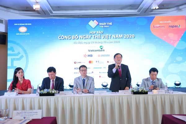 Ngày thẻ Việt Nam sẽ thúc đẩy thanh toán không dùng tiền mặt