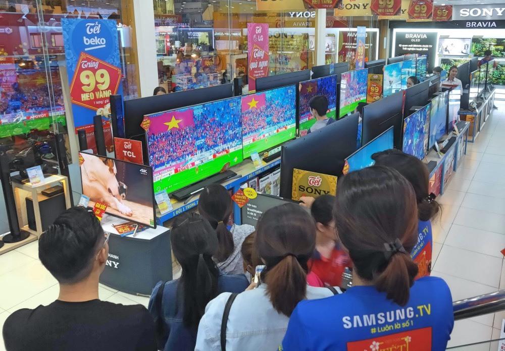 TV màn hình lớn tiếp tục tăng trưởng mạnh 9 tháng đầu năm