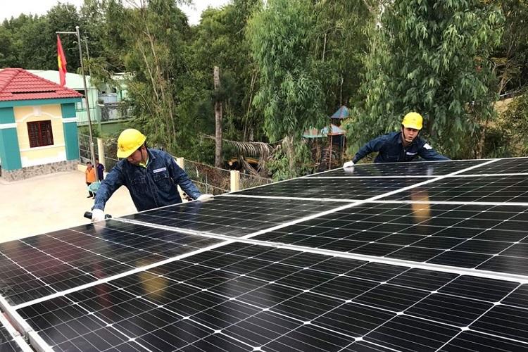 Hết tháng 10, Đắk Lắk đã có gần 3.000 công trình điện mặt trời áp mái