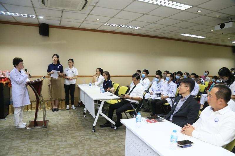 Tiếp nối chương trình vì miền Trung, Điện Máy Xanh mang 'Tết sớm' đến trẻ em hở hàm ếch