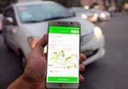 """Doanh nghiệp taxi truyền thống """"tố"""" Grab hoạt động trái phép"""