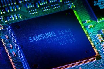 Samsung dùng 116 tỷ USD đốt cháy cuộc đua chip với TSMC