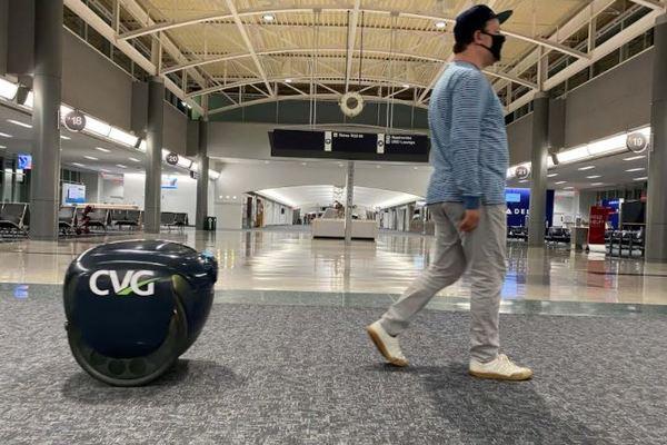 Xe tự hành đầu tiên của Piaggio được thử nghiệm giao đồ ăn và hàng hóa