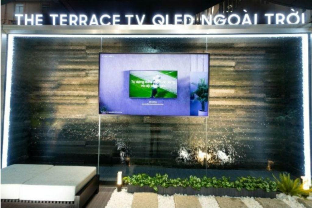 Trải nghiệm TV QLED ngoài trời kháng nước đầu tiên của Samsung, giá từ 100 triệu