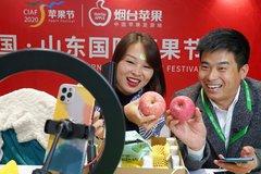 Trung Quốc: Khán giả muốn tặng tiền cho streamer phải đăng ký tên thật
