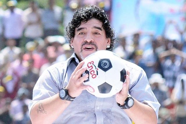 """Maradona, tác giả bàn thắng """"Bàn tay của Chúa"""", luôn ủng hộ công nghệ VAR"""