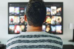 Hàn Quốc siết quản lý chất lượng dịch vụ của Netflix, YouTube